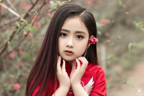 Khánh Linh - cô bé được gọi là Triệu Lệ Dĩnh phiên bản 7 tuổi - 7