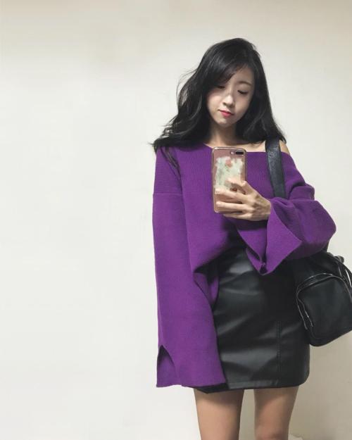 Yura hiện tại còn kinh doanh một shop thời trang online mà chính cô bạn là bà chủ kiêm người mẫu ảnh.