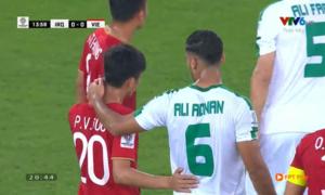 Fan girl 'phát hờn' vì khoảnh khắc 'tình bể bình' của hai tuyển thủ Việt Nam - Iraq