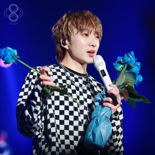 Seung Yoon (Winner) nhiều lần khiến fan ôm tim với ngoại hình đẹp trai, đặc biệt là đôi môi gợi cảm của mình.