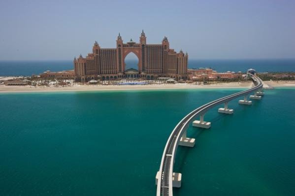 Địa chỉ: Đường Lưỡi liềm, Palm Jumeirah.