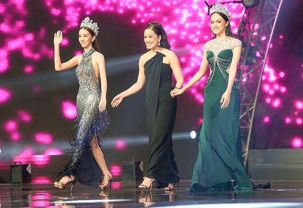 Thiênthần chuyển giới Thái Lan diện áo dài đẹp chẳng thua ai - 6