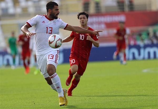 Việt Nam 0 - 2 Iran (hiệp 2): Bàn thắng được dàn xếp ở tốc độ cao - 3