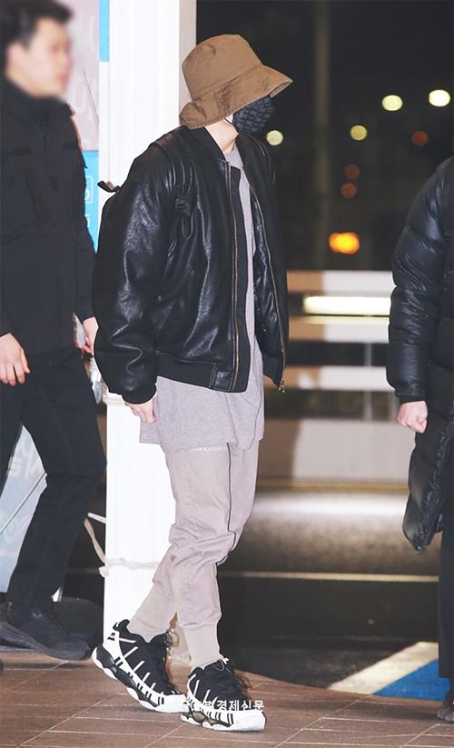 BTS, Red Velvet sân bay - page 2 - 4