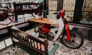 Quán cà phê sử dụng đồ tái chế độc và đẹp ở Hà Nội
