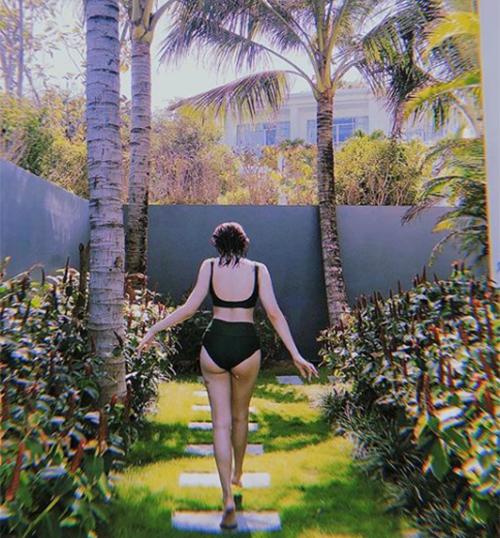 Kaity Nguyễn: Ba mét bẻ đôi nhưng dáng đẹp miễn chê - 4