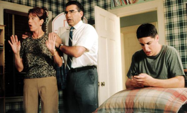 Top phim hài bựa về đề tài giáo dục giới tính khiến khán giả cười đau ruột