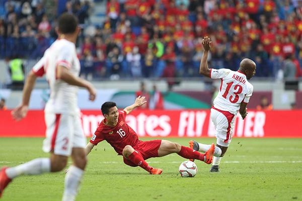 Việt Nam chơi áp đảo ở hiệp 2.