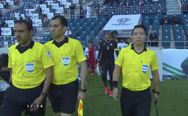 Việt Nam 0 - 0 Jordan (hiệp 1): Đặng Văn Lâm cứu thua xuất sắc - 3