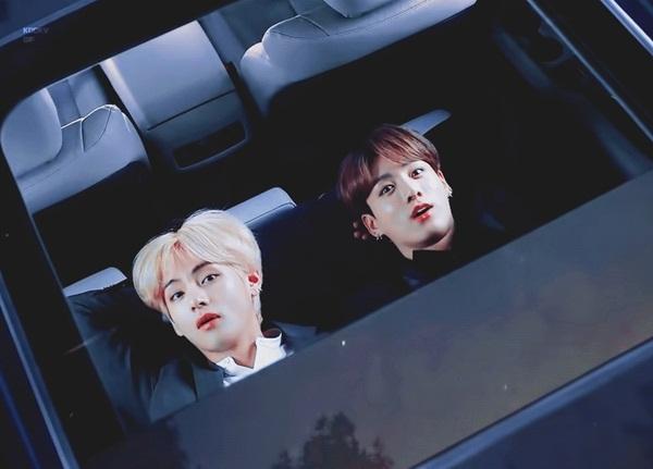 Nằm trên xe ngắm sao...
