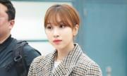 Jennie lộ chân ngắn vì lỗi trang phục, Twice có style chất lừ ở sân bay
