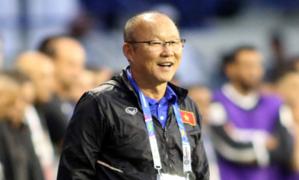 Thầy Park 'chỉ tên' từng cầu thủ sút luân lưu trận Việt Nam - Jordan