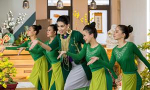 Quang Trung biểu cảm ấn tượng trong MV Tết