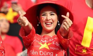 Hoa hậu Ngọc Hân: 'Nếu Văn Lâm mời đi ăn tối nhất định tôi đồng ý'