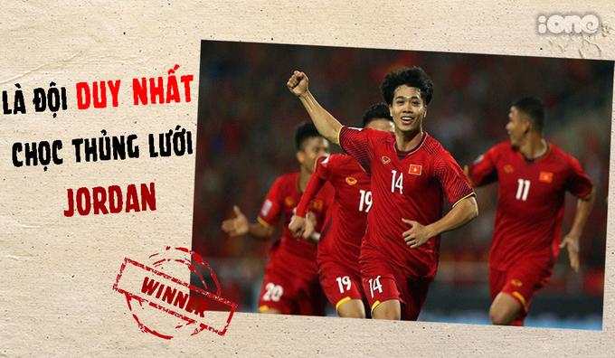 <p> Thủ môn Jordan chưa một lần phải vào lưới nhặt bóng... cho đến khi gặp đội tuyển Việt Nam.</p>