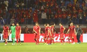 Tuyển Việt Nam rời sân với tư thế ngẩng cao đầu sau tứ kết
