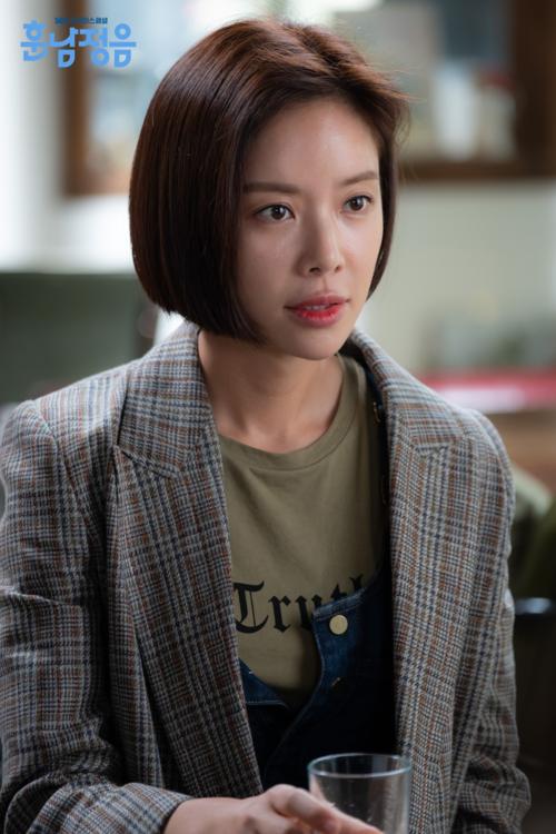 Hội diễn viên có sắc kém tài của màn ảnh Hàn - 3