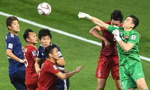 Những khoảnh khắc phá bóng 'thần sầu' của thủ môn Đặng Văn Lâm