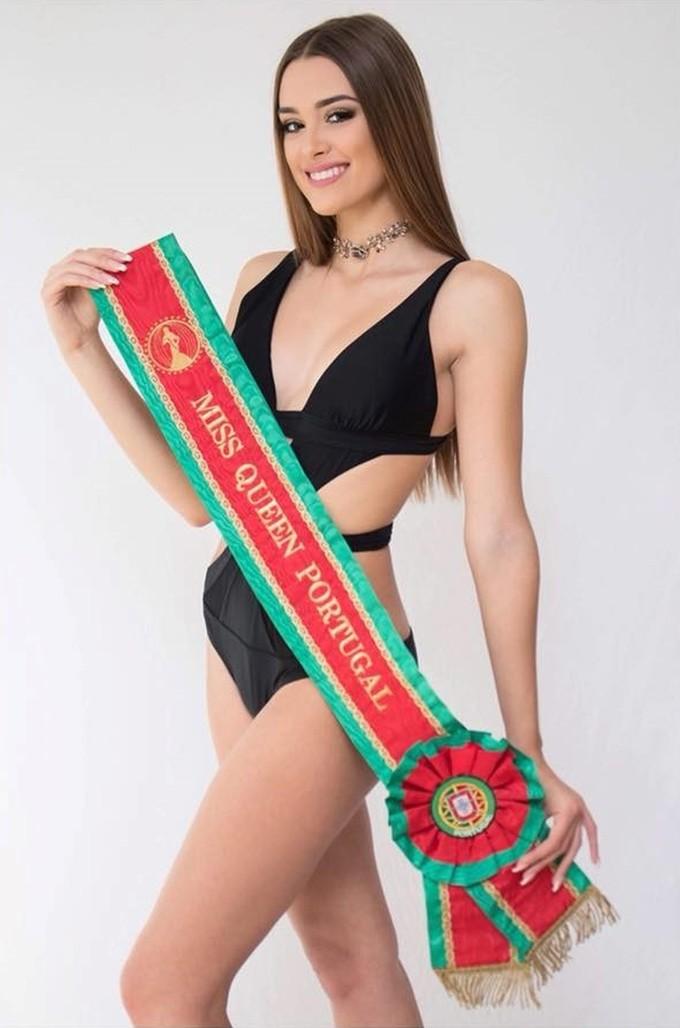 <p> Telma Madeira đến từ Bồ Đào Nha gây bất ngờ nhất khi vào top 5 Hoa hậu đẹp nhất năm 2018. Trước đó, trong cuộc thi mà Phương Khánh đăng quang, mỹ nhân sinh năm 1999 chỉ vào top 8 chung cuộc.</p>