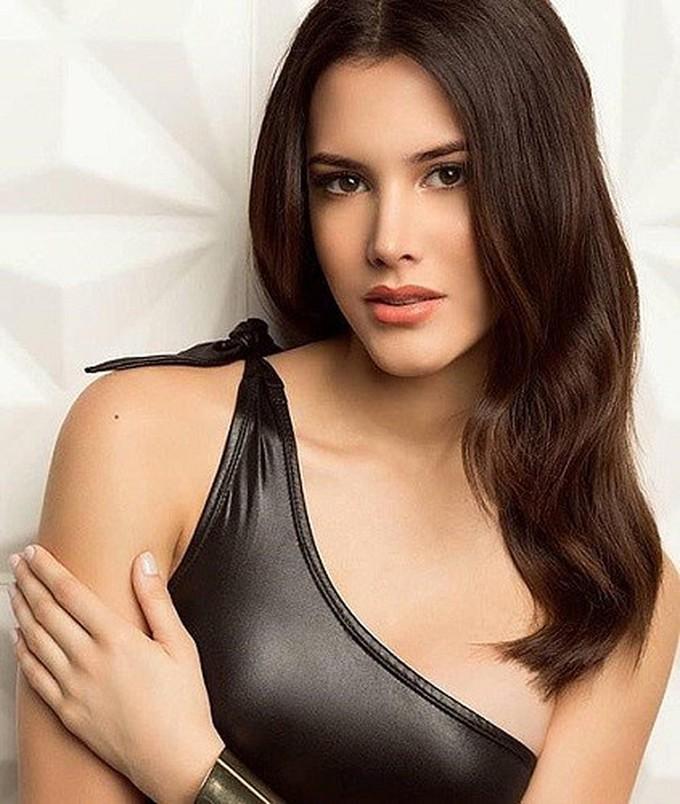 <p> Người đẹp Venezurla - Mariem Velazco là Miss International 2018. Cô năm nay 19 tuổi, sở hữu chiều cao 1,8 m và đang làm người mẫu ở quê nhà.</p>