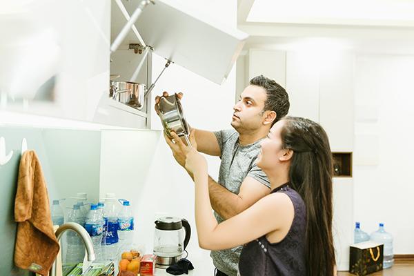Vừa cưới xin, Võ Hạ Trâm cùng chồng Ấn Độ dọn nhà đón Tết - 4