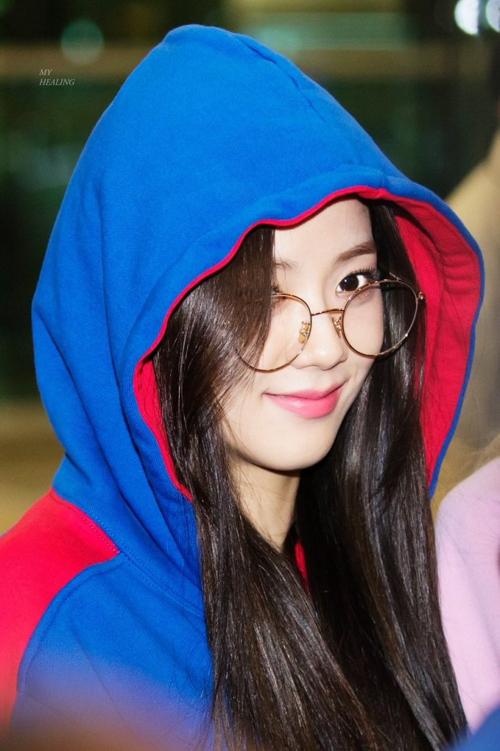 Black Pink, Red Velvet sân bay - 8