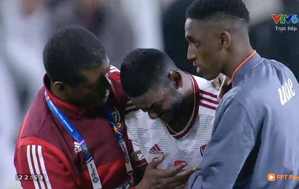 Thi đấu trên sân nhà với sự kỳ vọng của các CĐV, các cầu thủ UAE đã thể hiện một màn thi đấu không thể gây thất vọng hơn.