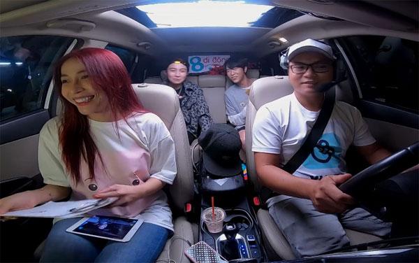 Ngày 28/1, Gil Lê làm khách mời của tập cuối chương trình 8 Di động mùa 1 với chủ đề về Tết do Khả Như và Toof.P dẫn dắt. Chương trình được phát sóng trên VLive TV.