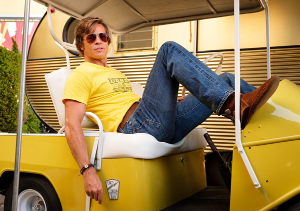 Tạo hình Brad Pitt trong phim Once Upon A Time In Hollywood.