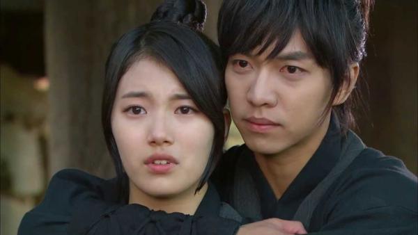 Lee Seung Gi và Suzy đã từng có cơ hội hợp tác trong Gu Family Book năm 2013