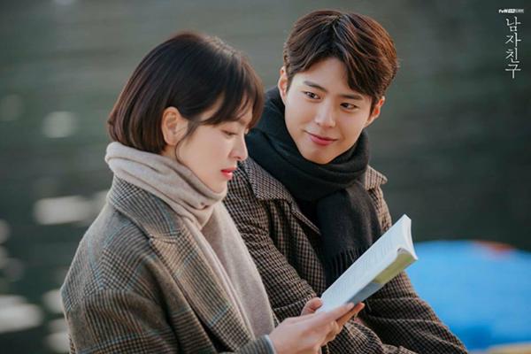 Những cặp đôi chênh nhau 12 tuổi trên phim Hàn