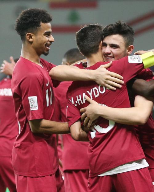 Bassam Hisham không ghi bàn, không kiến tạo trong trận đấu, nhưng anh chàng đã trở thành người chiến thắng áp đảo khi lên ngôi vô địch cùng Qatar.