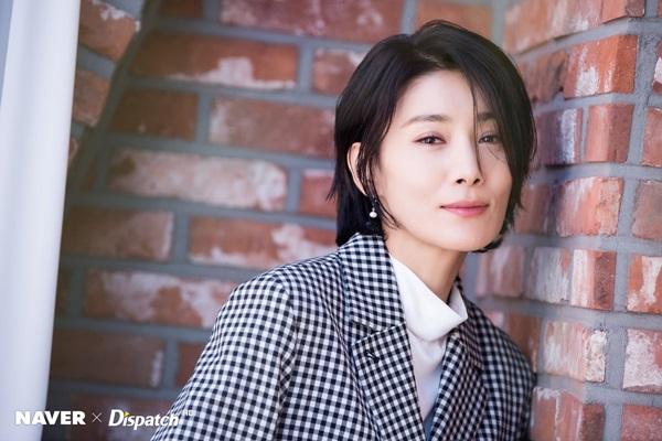 Ác nữ quốc dân trên màn ảnh Hàn nhiều lần rơi nước mắt vì uất ức - 2