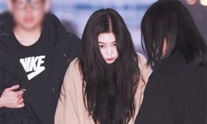 Park Bo Gum điển trai, Seul Gi - Irene tình cảm ở sân bay