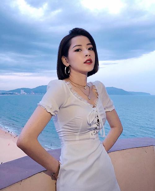 Nhìn phong cách Chi Pu bây giờ cứ ngỡ chị em thất lạc của Jennie - 5