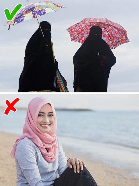 Con gái Ả Rập khổ sở với những quy tắc hà khắc - 3