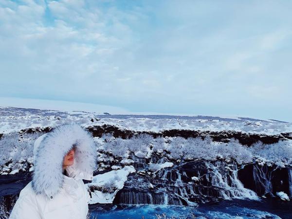 ... và Bảo Anh đều có mặt tại Iceland và có những bức ảnh tương đồng nhau.