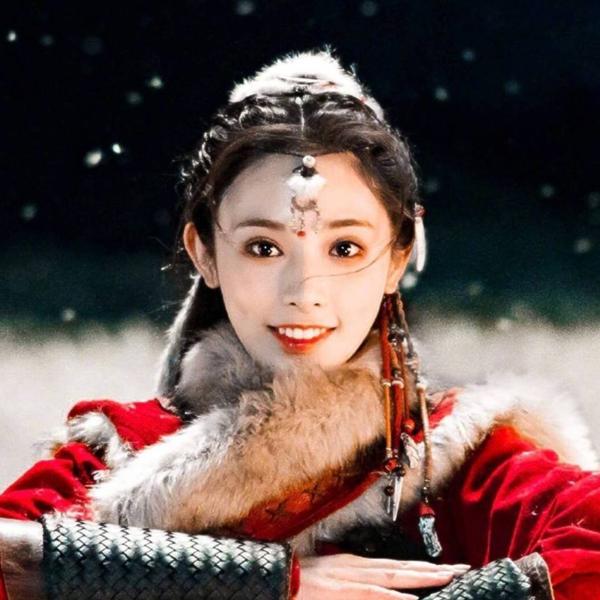 Diễn xuất quá lố nhưng không thể phủ nhận nhan sắc rực rỡ của nữ chính Đông Cung - 1