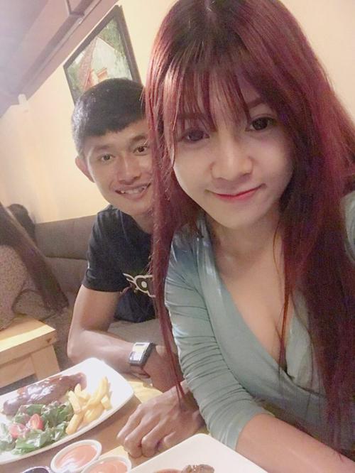 Thủ môn U22 Việt Nam body 6 múi, từng yêu hot girl  - 5