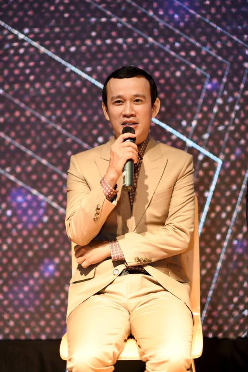 Ông bầu Phúc Nguyễn.