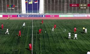 CĐV ví sân vận động Quốc gia Campuchia như… ruộng bậc thang