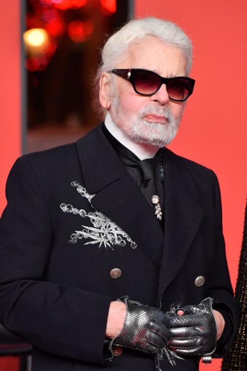 Ông trùm Chanel Karl Lagerfeld qua đời ở tuổi 85