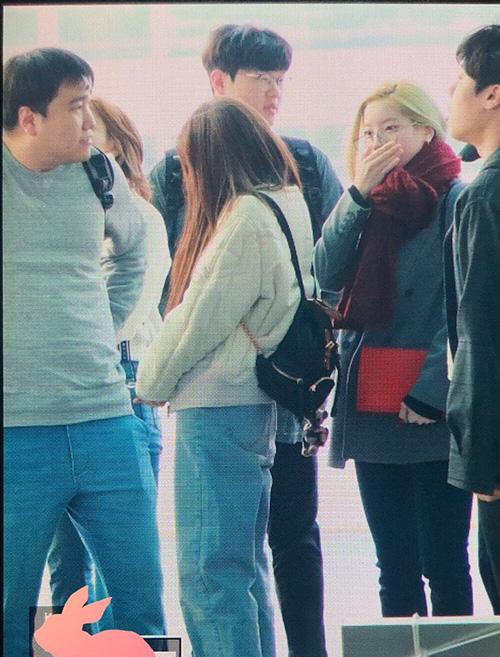 Da Hyun cũng nhuộm tóc vàng.