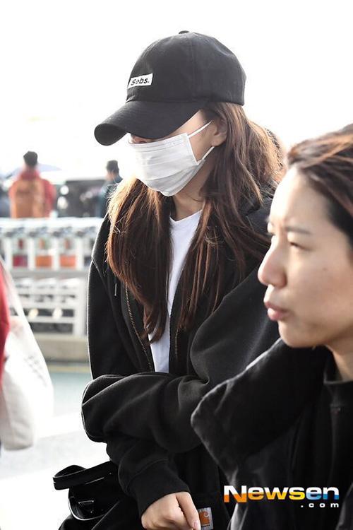 Jeong Yeon nối tóc dài, hứa hẹn comeback với hình tượng đầy nữ tính.