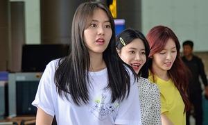 3 mẩu AOA xinh đẹp đến Đà Nẵng để ghi hình
