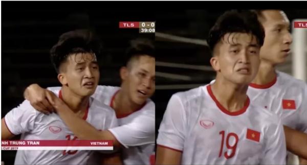 Khoảnh khắc bật khóc của Danh Trung gây ấn tượng với Fox Sports.