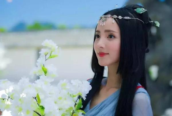 Dàn nữ phụ của Đông Cung cũng sở hữu nhan sắc cực phẩm - 4