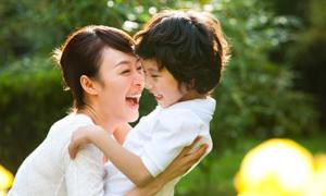 Hại não với 3 câu đố tính tuổi của mẹ và con