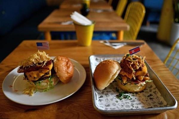 Bùng nổ các dịch vụ kinh doanh ăn theo Hội nghị thượng đỉnh Mỹ-Triều - 6