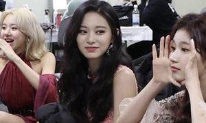 Netizen sửng sốt trước loạt ảnh chụp bằng camera thường của Twice